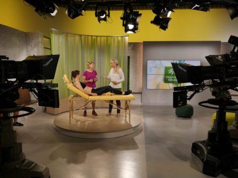 """Gitte Baumeier mit Dr. Franziska Rubin im """"Hauptsache gesund"""" Studio"""